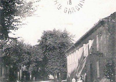 Cartes postales anciennes Avenue de l'Ecole