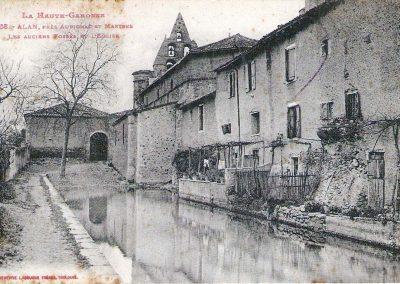 Cartes postales anciennes Les Anciens Fossés de l'Eglise