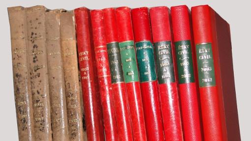 Image présentant les livres d'état-civil pour mettre en avant les services  municipaux