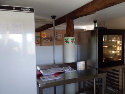 Présentation de la nouvelle cuisine intégrée au restaurant scolaire
